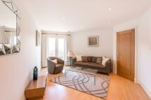 Apartment in Kensington High Street...