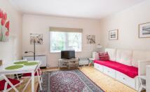 Apartment in Lexham Gardens...