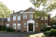 5 bedroom Detached property to rent in Winnington Road, London...