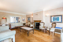 6 bed Apartment in Hocroft Road, London, NW2