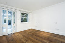 Apartment to rent in Primrose Gardens, London...