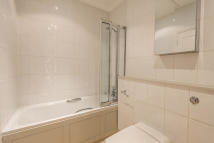 3 bed Apartment to rent in College Crescent, London...
