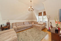 Apartment to rent in Lindfield Gardens...