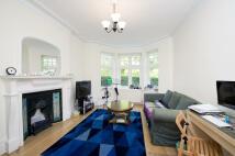 4 bedroom Apartment in East Heath Road, London...