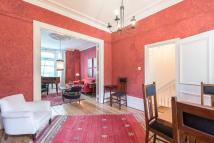 3 bed Apartment to rent in Carlingford Road...