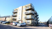 2 bedroom Apartment in Osprey House, Tay Road
