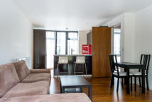 3 bed Apartment in Pegaso Building...