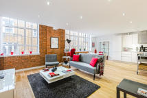 2 bed Flat to rent in Princelet Street, London...