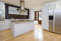 4 bed Terraced property in North Hill, N6