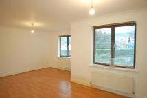 2 bed Ground Flat to rent in Sherard Court...