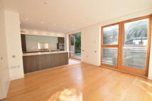 semi detached property to rent in Ash Grove, Highgate N10