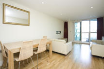 Apartment in St. George's Wharf...