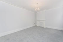4 bedroom Apartment in Coleherne Court...