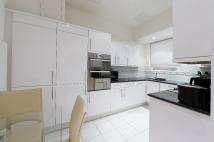 Apartment to rent in Berkeley Street, Mayfair...
