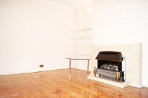 Apartment to rent in Townshend Road, London...
