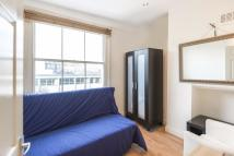 Studio apartment in Moscow Road, Bayswater...