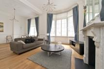 2 bedroom Apartment in Berkeley Street, Mayfair...