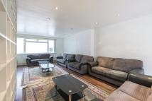 3 bed Town House to rent in Stanhope Terrace...
