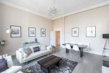 1 bed Ground Flat in Westbourne Terrace...