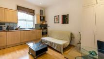 Studio flat in St. Stephens Gardens...