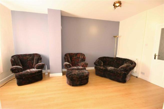 Secondary Lounge (Be