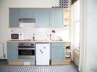 Flat to rent in Ladbroke Grove