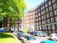 Studio flat in Eton College Road