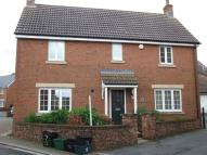Detached home to rent in Cole Close...