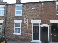 2 bed Terraced property in Strait Lane...