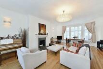 6 bed house in Bathurst Street...