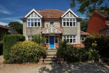 4 bedroom Detached home in Winton House 386 London...
