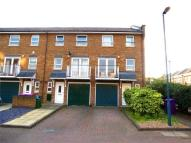 4 bedroom semi detached property to rent in Schooner Close, LONDON