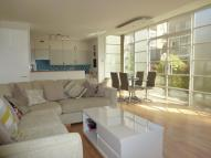 Apartment to rent in The Watergardens, London...