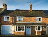 5 bed Terraced property for sale in Chapel Street...
