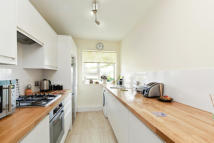 Apartment in Smithwood Close, SW19