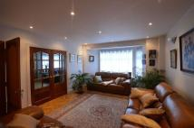 Detached home in Ashtead Road, London