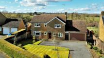 Detached property in Moreton Pinkney...