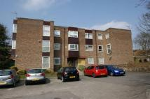 Flat to rent in Park Villa Court, Leeds...