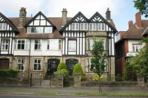 3 bed Flat to rent in Leeds Road, Harrogate