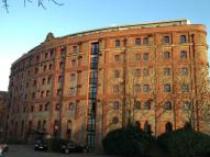 2 bedroom Apartment in Spillers & Bakers...