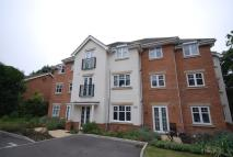 Apartment to rent in Lightwater, Lightwater...