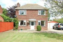 3 bedroom Detached property in School Road...