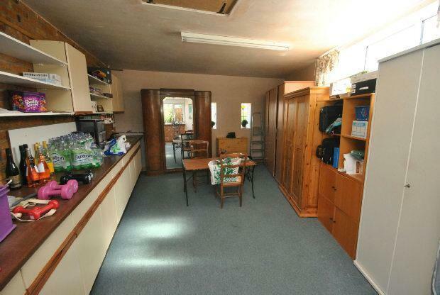 Bedroom 3/Workshop/G