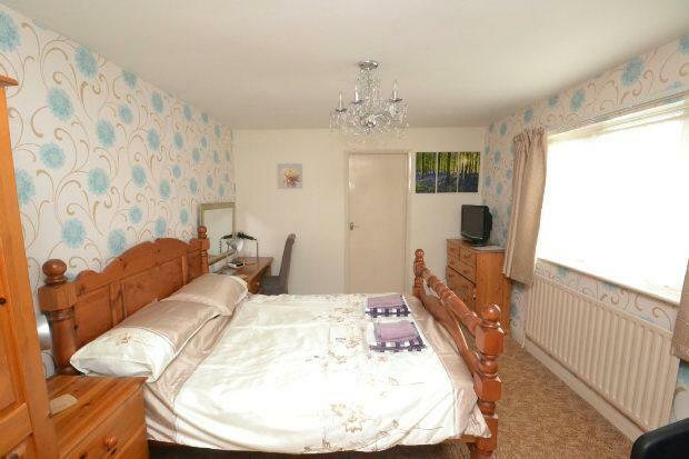 Bedroom 5 Room 2