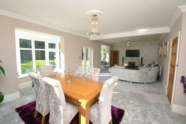Living Room 3rd Phot