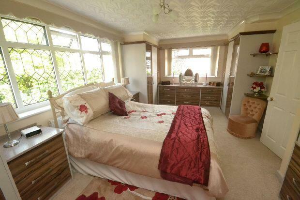 Bedroom 1 2nd Photo
