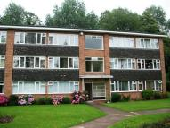 Apartment in Meadway Court Garrard...