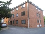 2 bedroom Flat to rent in Treetops, Surrey Road...