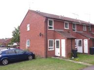 Ground Maisonette to rent in Mapperton Close...