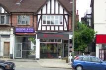 Flat in High Street, BARNET, EN5
